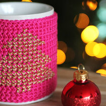 2015-12-08 Christmas Cross Stitch Mug Cozy
