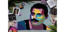 2019-02-13 Crocheting Freddy Mercury 1