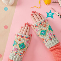 2020-11-20 Hygge Embroidered Wristies 1