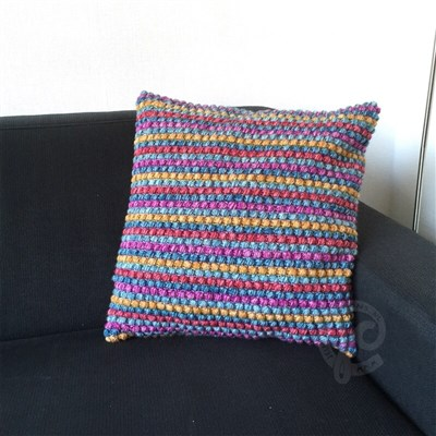 2016-02-06 Puff Stitch Cushion 2