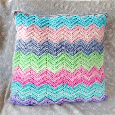 2015-05-24 Textured Chevron Cushion