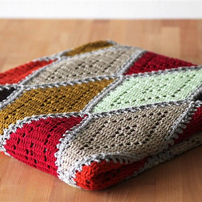 2015-10-26 Spicy Diamond Blanket