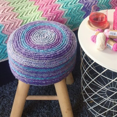 2017-09-12 Katran Stool Cover