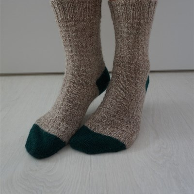 2017-05-27 Simple toe up socks