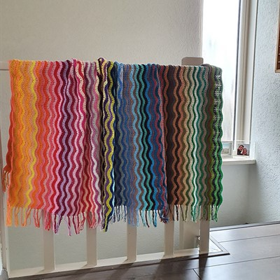 2020-09-01 Rainbow Sea Blanket 2